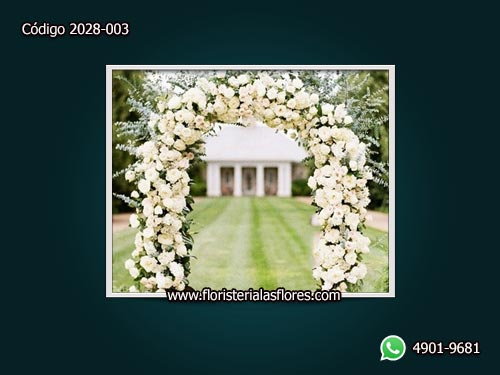 Arco de flores para bodas en Guatemala
