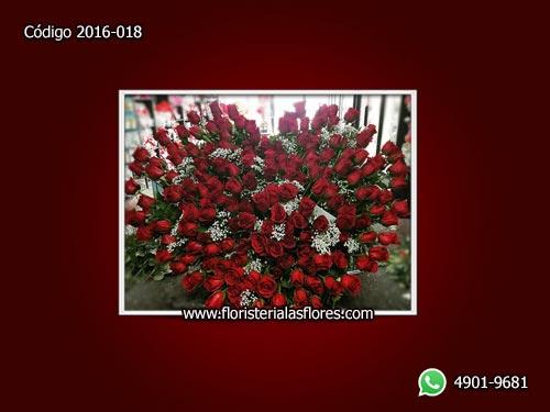 Corazón Grande de Rosas Naturales