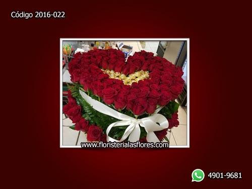 sorpresas romanticas de rosas con chocolates de floristerias en guatemala