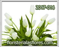 Arreglos bellos con tulipanes blancos