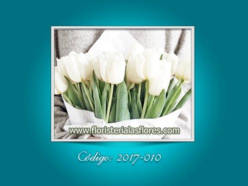Ramos de tulipanes blancos naturales