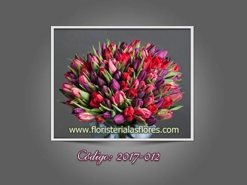 Ramos grandes de tulipanes